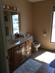 niewielka łazienka